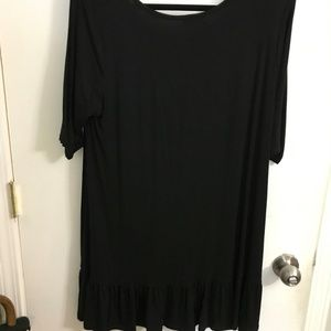 Black Tunic with ruffle on hem L